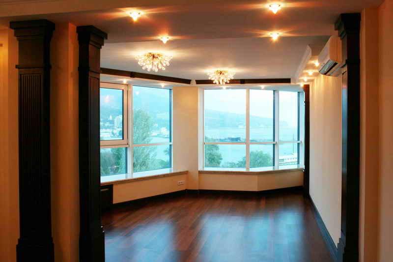Панорамные окна в домах фото